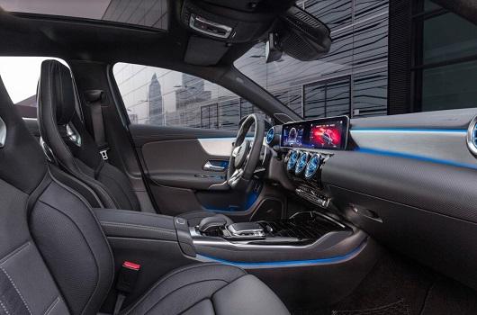 Nội Thất Mercedes-AMG A 35 4MATIC