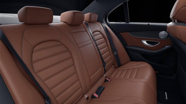 Nội thất Mercedes-Benz C 300 AMG