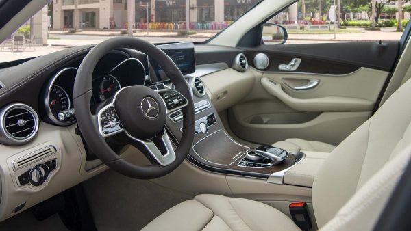 Hình ảnh nội thất Mercedes-Benz C 200 Exclusive