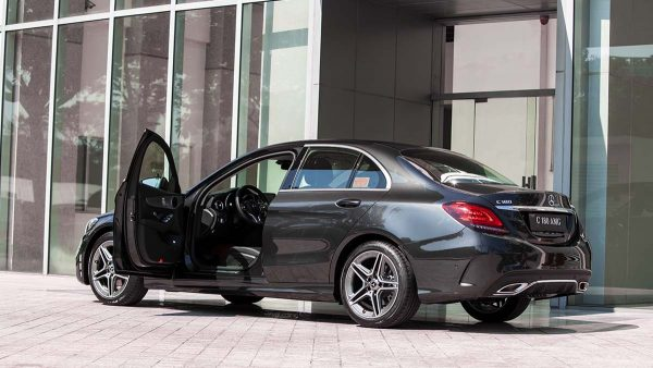 Mercedes-Benz C 180 AMG