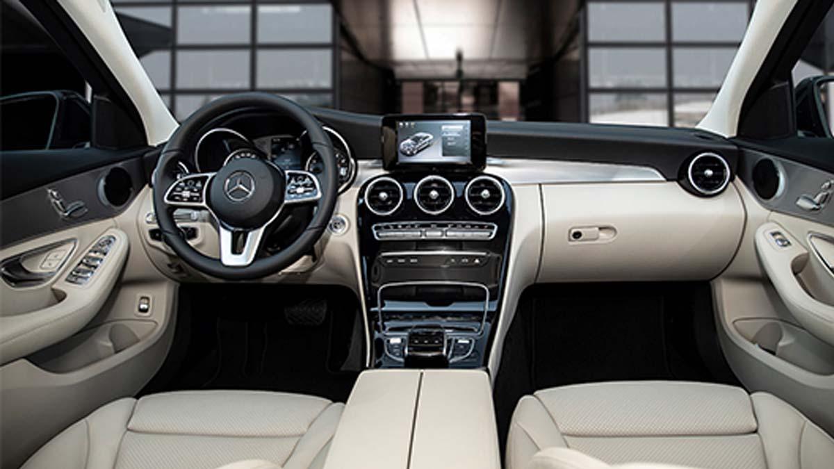 Hình Ảnh Nội Thất Mercedes-Benz C 180 AMG